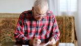 Nowy pomysł rządu na podwyżki dla emerytów. Sprawdź, kto skorzysta