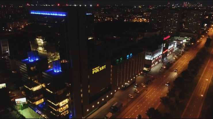 Nieszczęśliwy wypadek przed siedzibą Polsatu. Pomagał reporter Polsat News