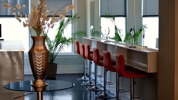 Wiemy, kiedy pojawią się wytyczne dla restauracji i salonów fryzjerskich