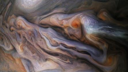 Cały dramatyzm burzliwej atmosfery Jowisza na najnowszym obrazie z sondy Juno