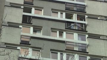 Pożar bloku w Warszawie. Trzy osoby w szpitalu