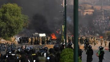 Starcia zwolenników Moralesa z policją i wojskiem. Nie żyją cztery osoby