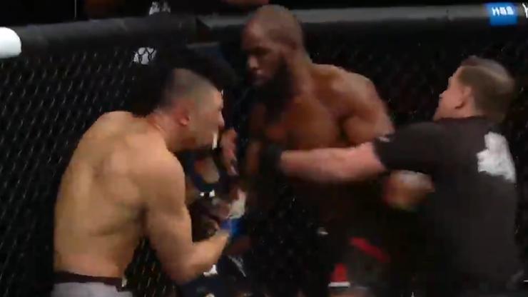 UFC 244: Niespodzianka w kategorii Błachowicza! Anderson znokautował Walkera