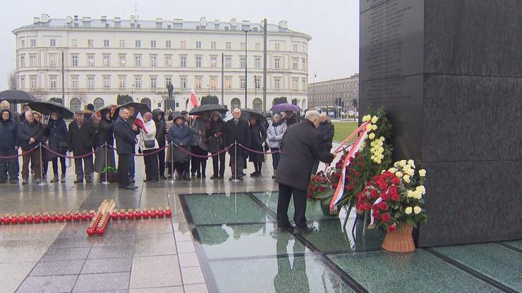 Posłowie PiS chcą upamiętnienia Lecha Kaczyńskiego banknotem. W 10. rocznicę katastrofy smoleńskiej