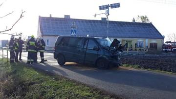 Czołowe zderzenie busów pod Włocławkiem. Osiem osób rannych