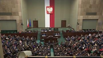 Sejm przerwał obrady. Zostaną wznowione we wtorek