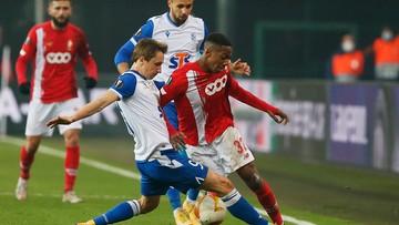 """Liga Europy: Gol w końcówce pogrążył Lecha. Porażka """"Kolejorza"""" w Liege"""