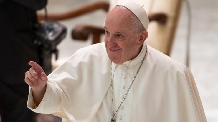 Papież: trzeba płacić podatki, to obywatelski obowiązek