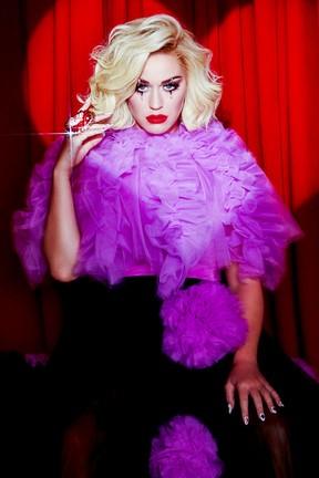 "2020-09-02 Katy Perry mówi ""Smile"". Posłuchaj nowego albumu! - Eska TV"