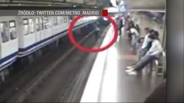 Zapatrzona w smartfona weszła na tory w metrze. Właśnie nadjeżdżał pociąg