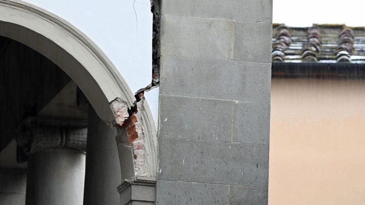 Silne trzęsienie ziemi we Florencji. Zamknięte szkoły, zawieszony ruch kolejowy