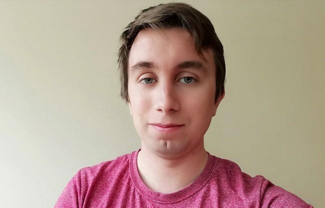Zdjęcie zrobione tuż przed obcięciem włosów, których długość zaczęła mi przeszkadzać