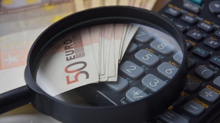 Zmiany w umowach kredytowych. UOKiK stawia zarzuty dwóm bankom