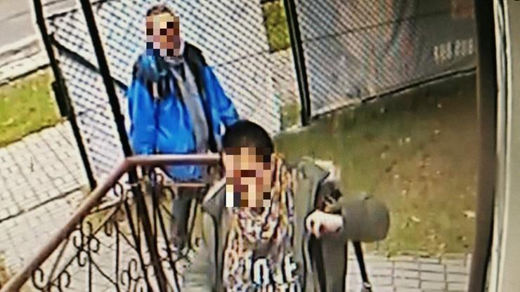 Kobieta kradła lustro z salonu fryzjerskiego. Partner ją ubezpieczał