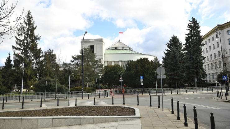 """""""Tarcza antykryzysowa"""" w Sejmie. Posłowie zajmą się nią w piątek"""