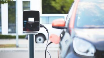 Ruszają dopłaty do zakupu aut elektrycznych