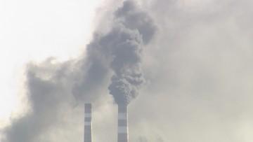 Każdy Polak płaci za smog od 300 do 800 euro rocznie