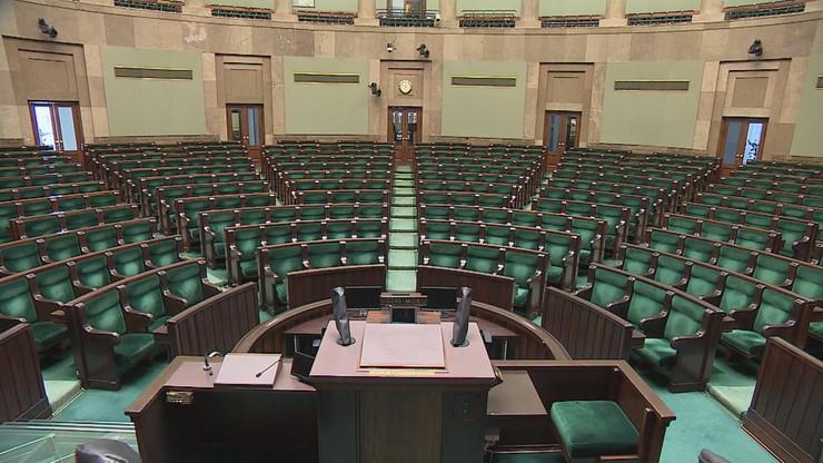 """Ograniczenia dla dziennikarzy w dniu inauguracji Sejmu. """"Pierwsze posiedzenie musi być godne"""""""