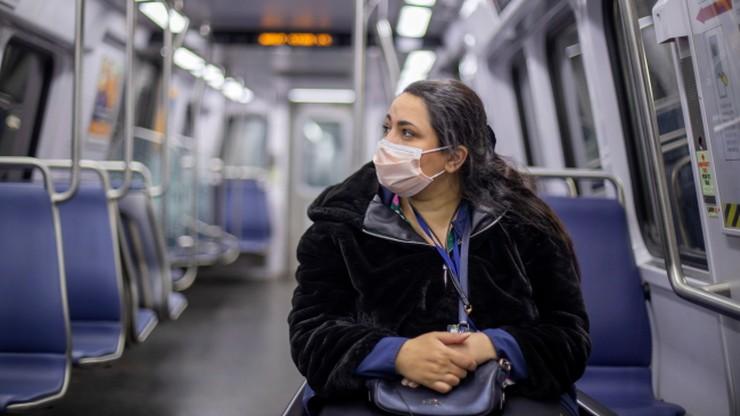 Ponad 1400 zgonów w ciągu doby. Kolejny tragiczny bilans pandemii koronawirusa w USA