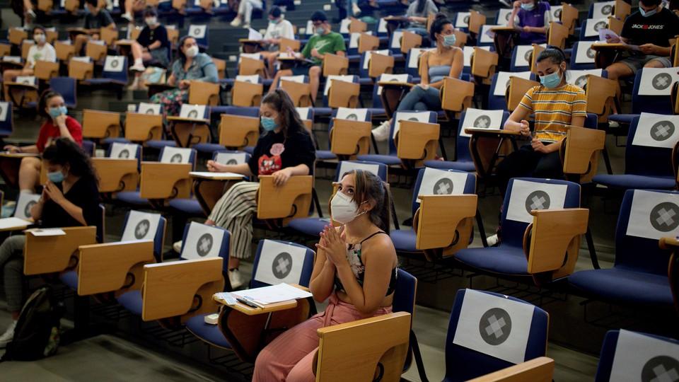 Egzaminy w czasach koronawirusa w Hiszpanii