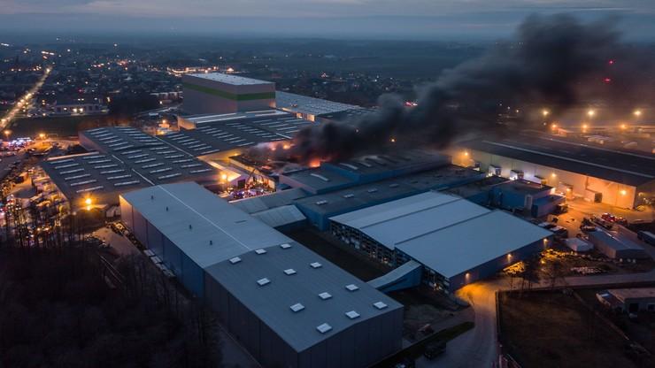 Pożar hali fabryki w Malanowie
