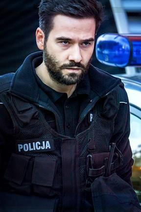 """""""Policjantki i Policjanci"""" - odcinek 654: Kto naprawdę ukradł auto?"""