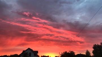 """""""Fenomenalny zachód słońca"""" w Kole. Krwiste niebo"""