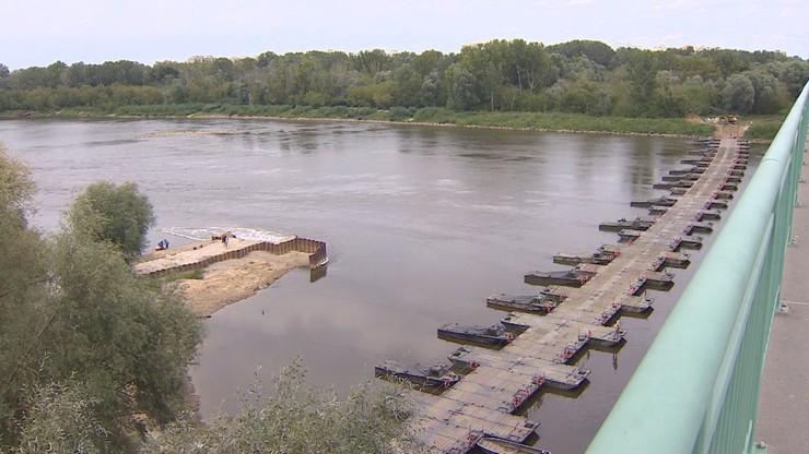 """Awaria """"Czajki"""". Na moście pontonowym rozpoczęło się układanie rurociągu"""
