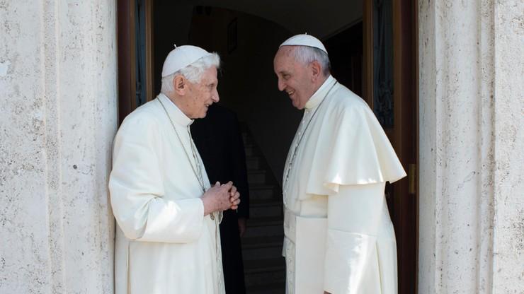 Papież-senior Benedykt XVI broni celibatu księży