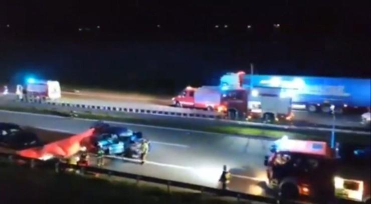 Tragiczny wypadek na A1. Kobiety wysiadły z auta i wtedy rozegrał się dramat