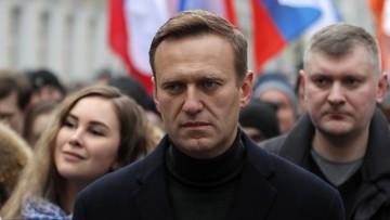 Butelka z trucizną. Współpracownik Nawalnego wyjaśnił szczegóły