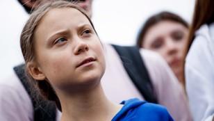 Ktoś tu oszalał? Greta Thunberg płynie z USA do Hiszpanii katamaranem, bo jest eko