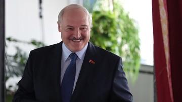 Łukaszenka: żyję i nie jestem za granicą