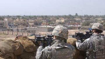 Atak rakietowy na bazę USA w Iraku. Zginął cywilny pracownik misji