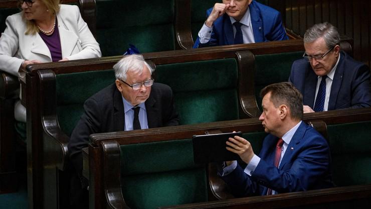 Sejm uchwalił tzw. Tarczę antykryzysową 4.0. Przyjęto m.in. poprawkę dot. zasiłku