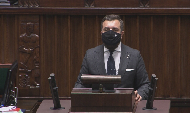 """Michał Urbaniak (Konfederacja): """"Centrum administracyjne rządu - jednostka, by rząd mógł zajmować się sam sobą"""""""