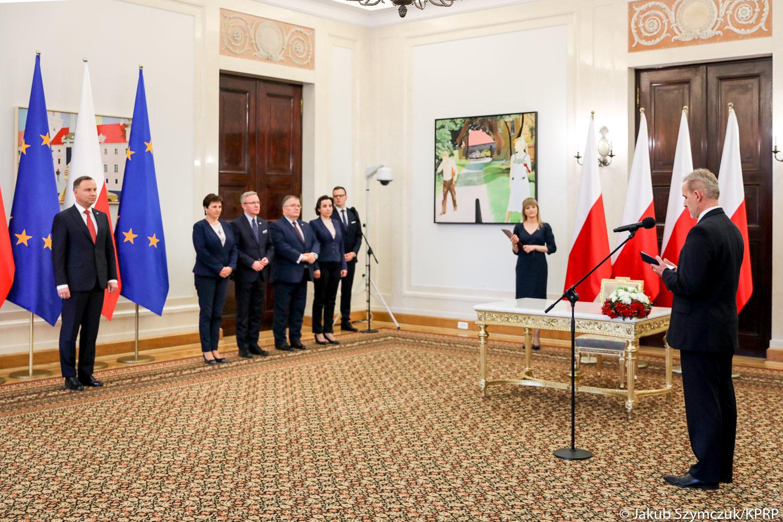 Zaprzysiężenie Wojciecha Sycha na sędziego Trybunału Konstytucyjnego